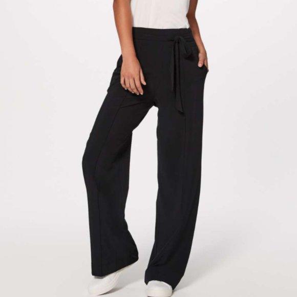 LuluLemon Noir Pant - Wide Leg Tie Front High Rise